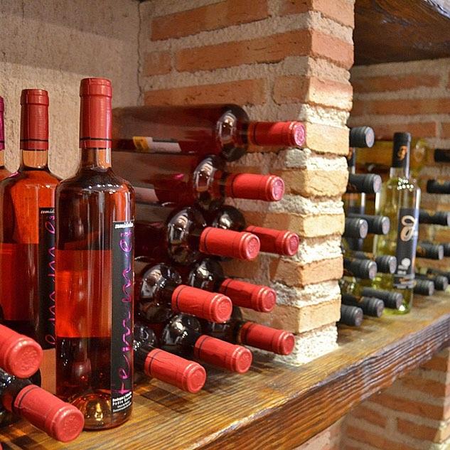 Femme es uno de nuestros vinos favoritos Es de Colmenarhellip