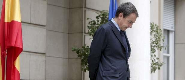 Zapatero, avergonzado con la actuación de sus hijas y la prensa.
