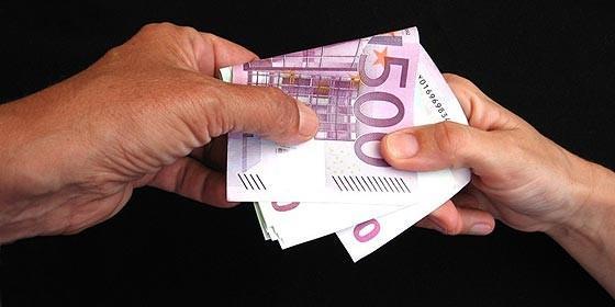 http://gentedigital.es/comunidad/jesaal/files/2011/03/corrupcion-euro_560x280.jpg